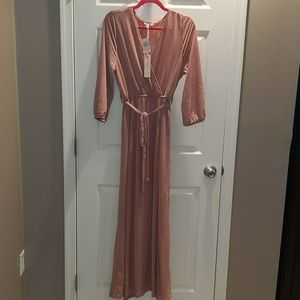 Maxi dress with slit, 3/4 sleeves